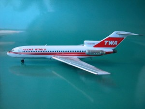 TWA 727-100